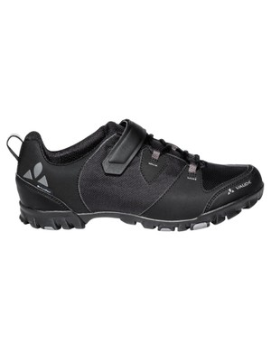 Treat the cyclist in your life to a pair of TVL Pavei STX shoes from Vaude