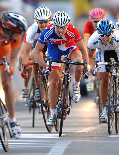 Marianne Vos (L) looks set to be one of Cooke's big rivals in coming years