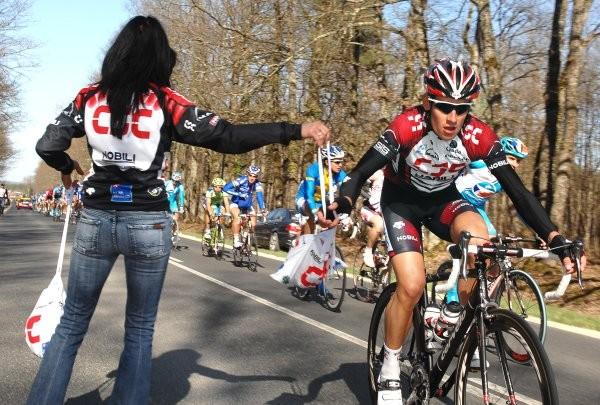 Cycling : Paris - Nice / Stage 1  KOLOBNEV Alexandr (Rus) Ravitaillement Bevoorrading Feed Zone / Sabine (Ger) Soigneur Kine Verzorger Cloyes-Sur-Le-Loir - Buzancais (186 Km) (c)Tim De Waele