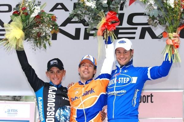Cycling : 98e Milano - Sanremo Podium / DAVIS Allan (Aus) / FREIRE Oscar (Esp) Celebration Joie Vreugde / BOONEN Tom (Bel)  Milaan - SanRemo (295 Km) / 100 Anni Aniversario Birthday UCI Pro Tour (c)Tim De Waele