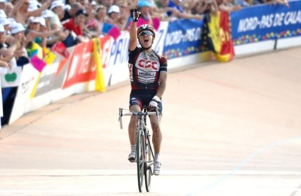 Cycling : 105e Paris-Roubaix Arrival / O'GRADY Stuart (Aus) Celebration Joie Vreugde ROSSELER Sebastien (Bel) Team Quick-Step Inneregetic Compiegne - Roubaix (259,5 Km) / Parijs /  UCI Pro Tour / (c)Tim De Waele