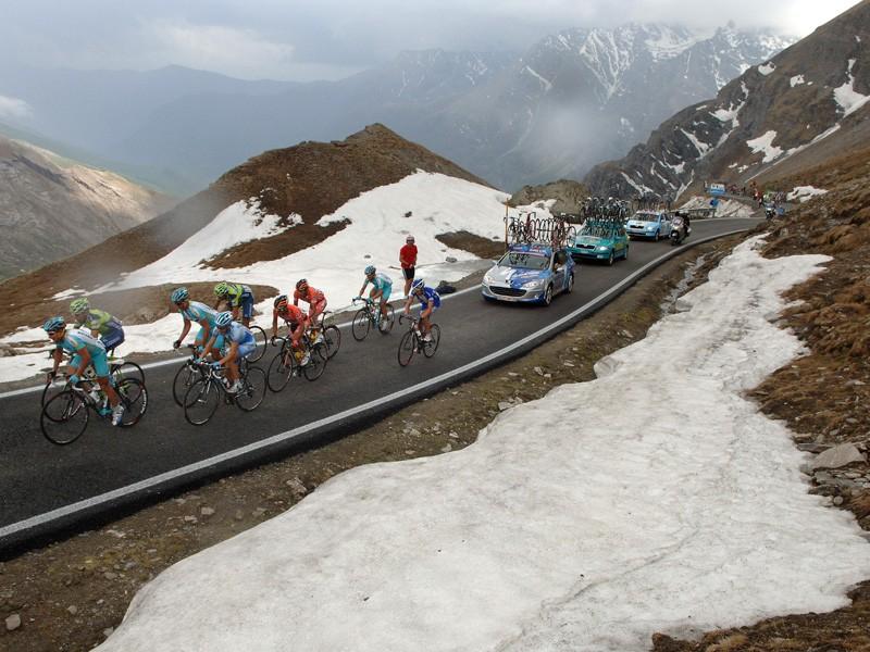 Riders will now have to tackle the 2744m Col d'Agnel