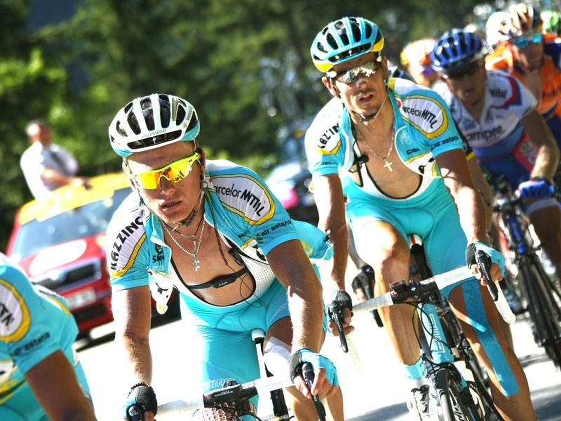 With team leader Alexandre Vinikourov suspended for failing a doping test, Astana is suspending acti