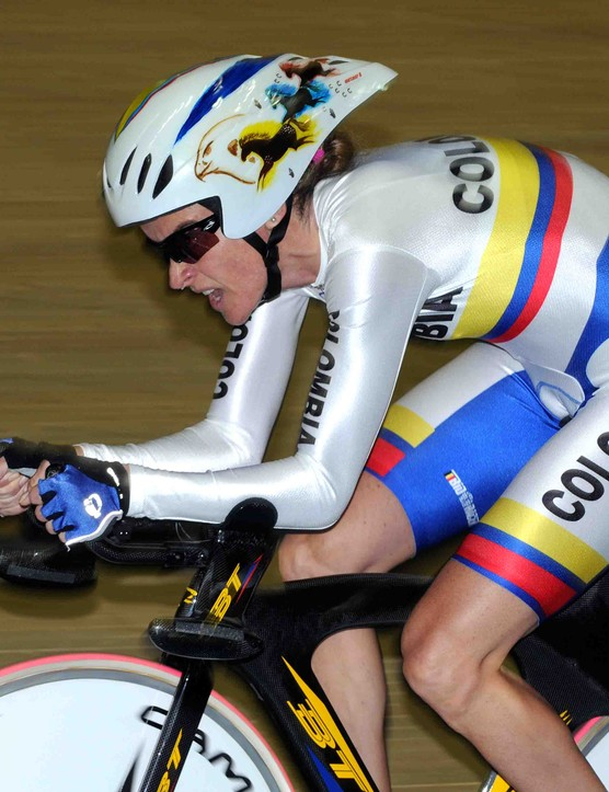 Colombian rider Maria Luisa Calle Williams sporting a very distinctive aero helmet