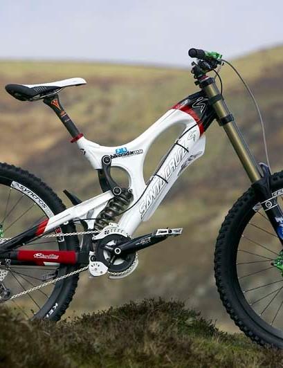 Team BikeRadar Santa Cruz V10