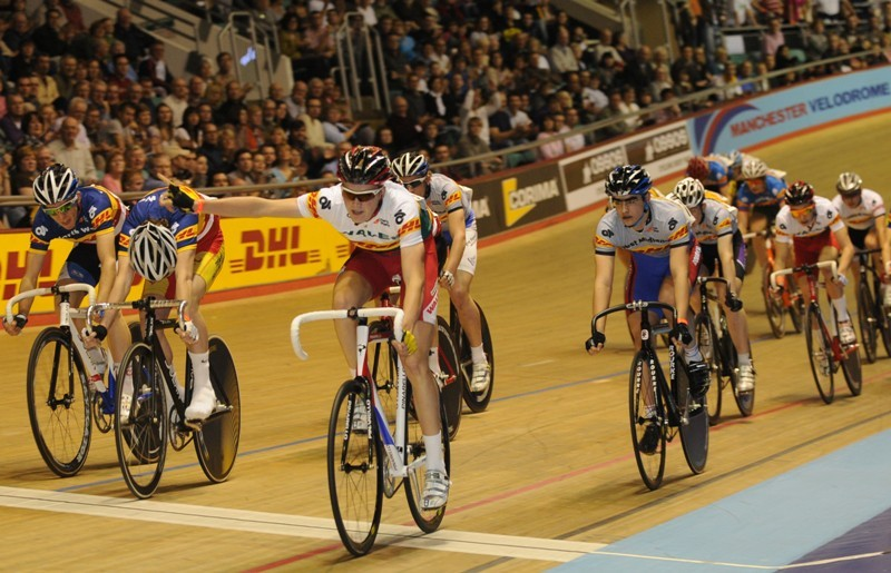 Sam Harrison winning the Scratch race on Saturday evening