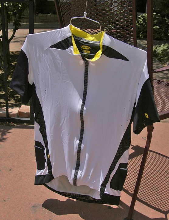 The Mavic label will also grace a complete line of apparel and will be headed by the ultra-techy Altium line.