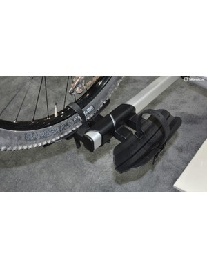Versatile wheel trays handle everything from road to fatties on the lightweight Inno rack
