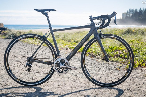 Fuji's SL 1.5 is a featherweight race-ready machine