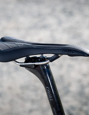 Oval's R700 saddle sees a pressure relieving channel and hollow chromoly-Ti rails