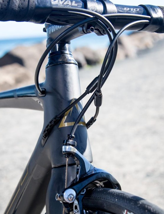 Our size medium sample sees a 135mm head tube – although it's not the most compact on the market, it's still made for a long a low position without a radical stem