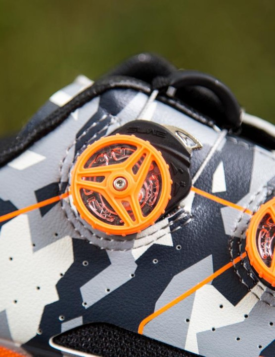 Though similar to Boa dials, the SLW2 fastening system trades metal wire for nylon cord