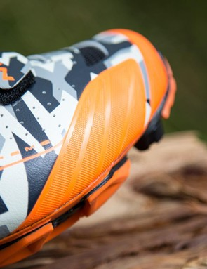 The thermo welded panels that run around the edge of the shoe protect the upper from abrasion