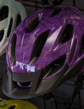The Luta commuter helmet gets a removable visor