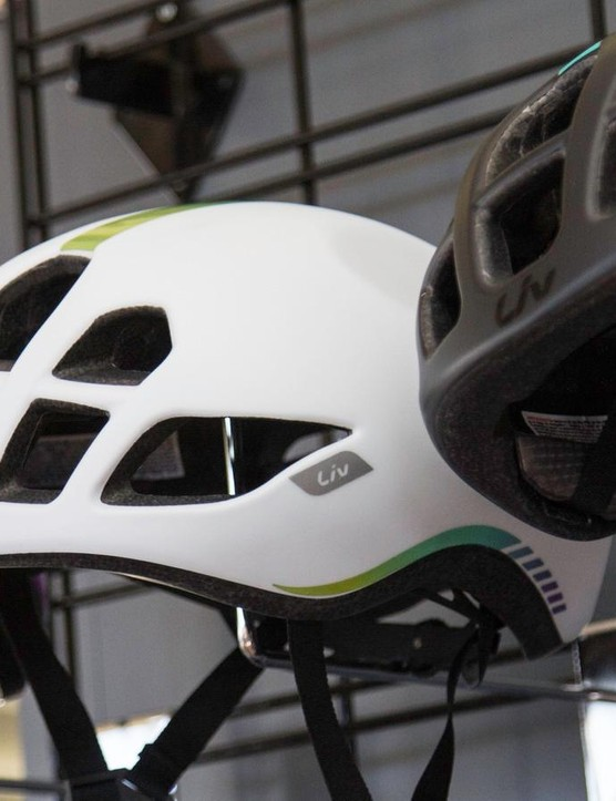 The ladies are set to get their own version of the fast, no-compromise Pursuit helmet. The Liv version is called Extima