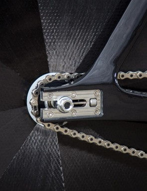 The sliding dropouts feature a clever chain tensioning system