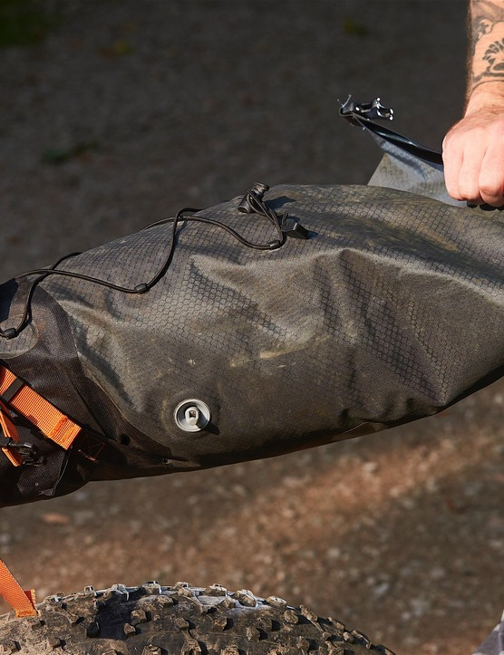 The extra weight and material needed in this cavernous bag could put off ultralight weight weenies