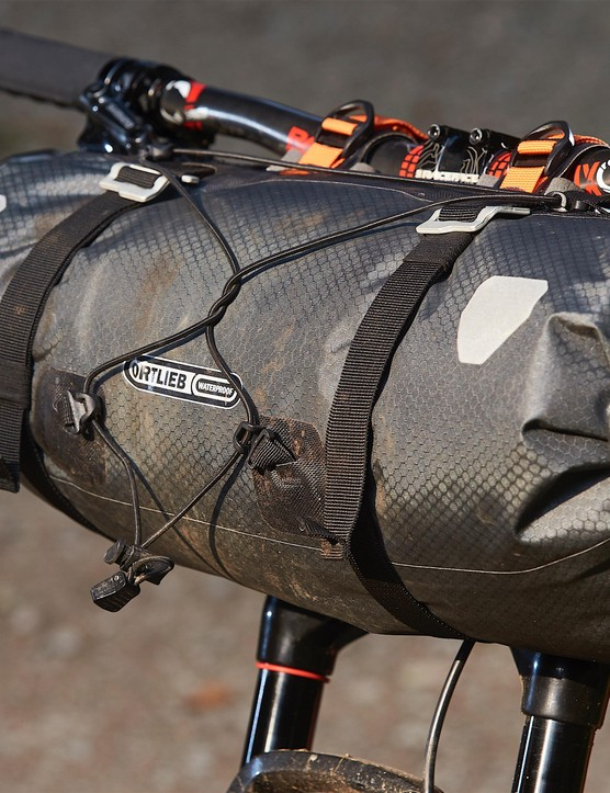 Rough and tough. Ortlieb's fully waterproof handlebar roll is ideal for wet and wild adventures