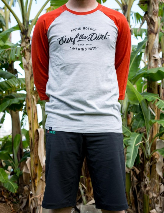 Mons Royale's Redwood 3/4 Raglan T Dirt is designed to fair better in the heat