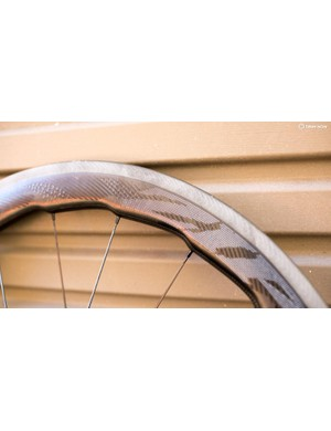 Zipp's Sawtooth technology sees the rim depth vary from 58mm to 53mm