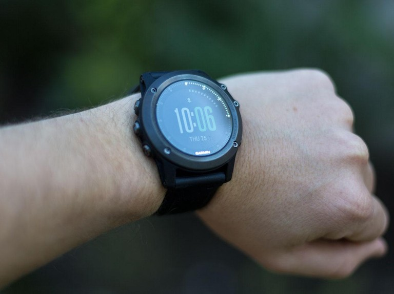Wrist-based heart rate monitors vs. chest heart rate straps