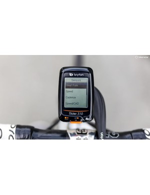 The Rider 310 utilizes an ANT+ connection to wirelessly pair to a range of sensors including power meters (on the next menu page)