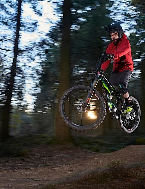 The Moterra 1 feels surprisingly agile considering its 23kg weight and is nicely balanced in the air