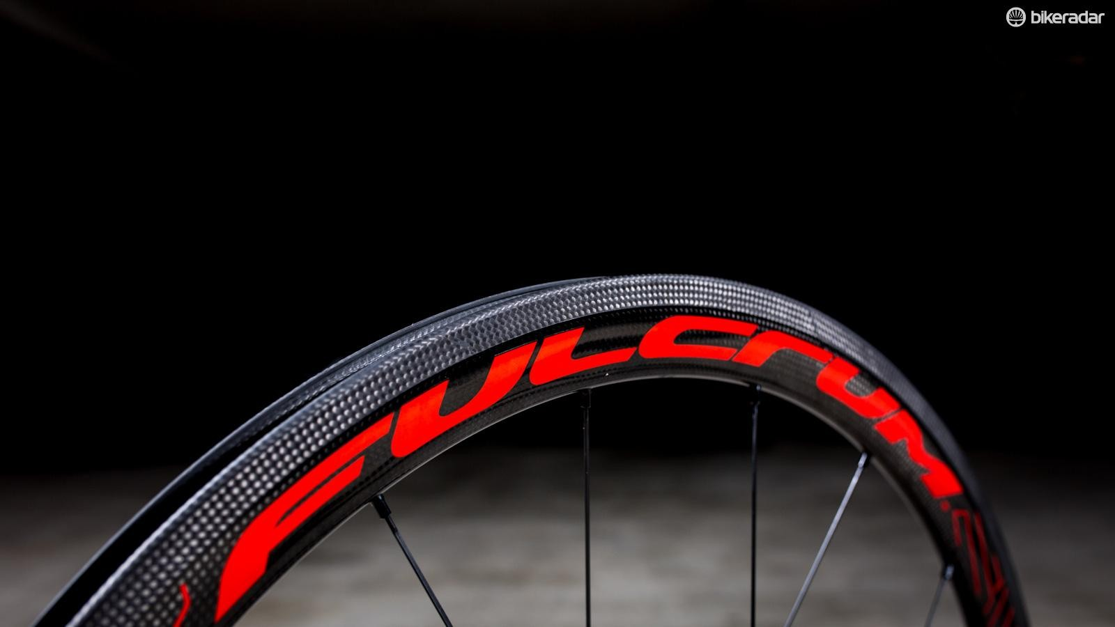 The Speed 40s get Fulcrum's 3Diamante brake track