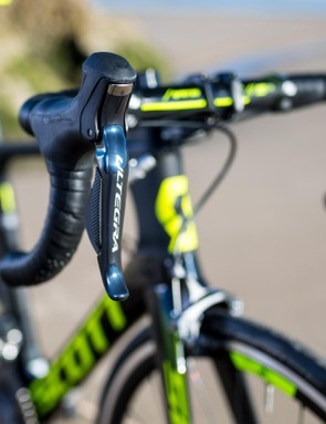 If you've got a current Ultegra 6700 Di2 or Dura-Ace 9070 Di2 group you can also have Synchro Shift