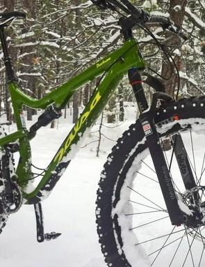 Salsa's Bucksaw Carbon GX1 blurs the line between a winter and all-seasons machine