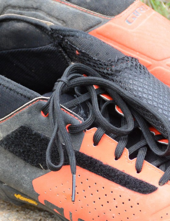 The large cover kept the laces clean