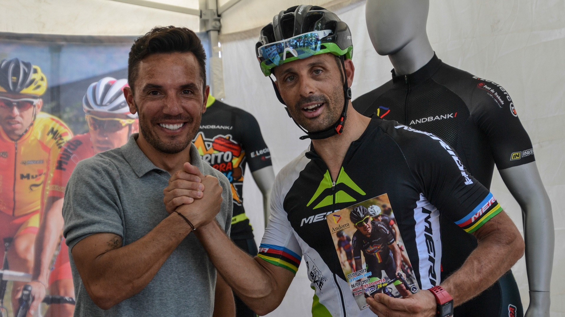Racing legends do their thing on and off the course at Sea Otter Europe