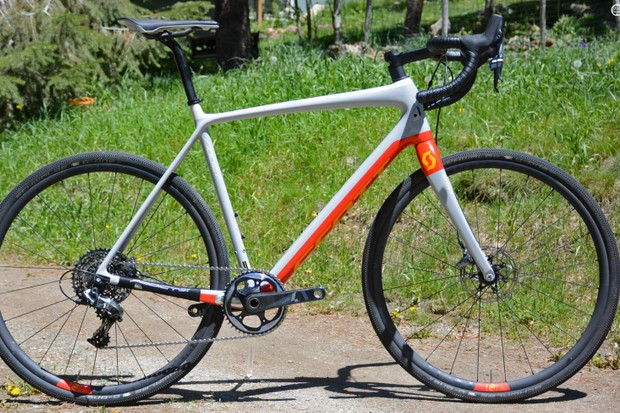 Scott is ready to take on dirt roads with its Addict Gravel 10