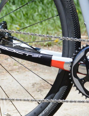 A SRAM Force 1 drivetrain provides 11-speeds of go