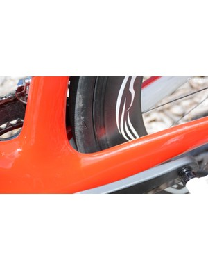 Power to the rear wheel should be immediate and efficient with the chunky chainstays