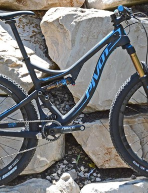 Pivot offers two styles of build kits, XC race and trail
