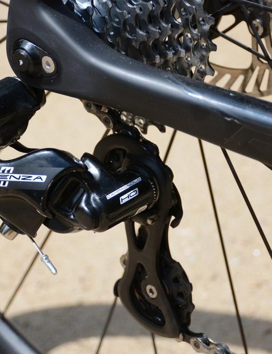 Along with the hydraulic disc brakes, Campagnolo Potenza gave out the shifts