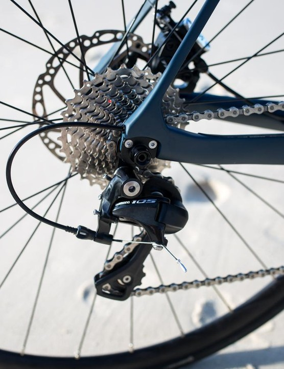 The Vantage Comp gets a 105 rear derailleur
