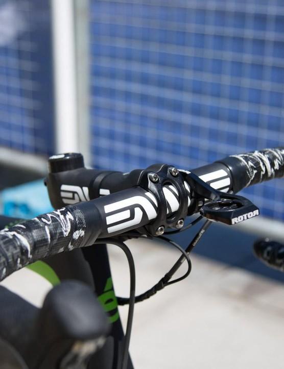 Lizard Skins DSP Camo bar tap complements the ENVE components