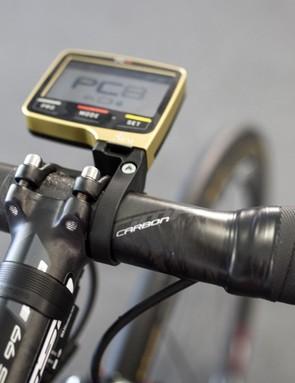 Arashiro is riding 420mm Vision Trimax 4D handlebars