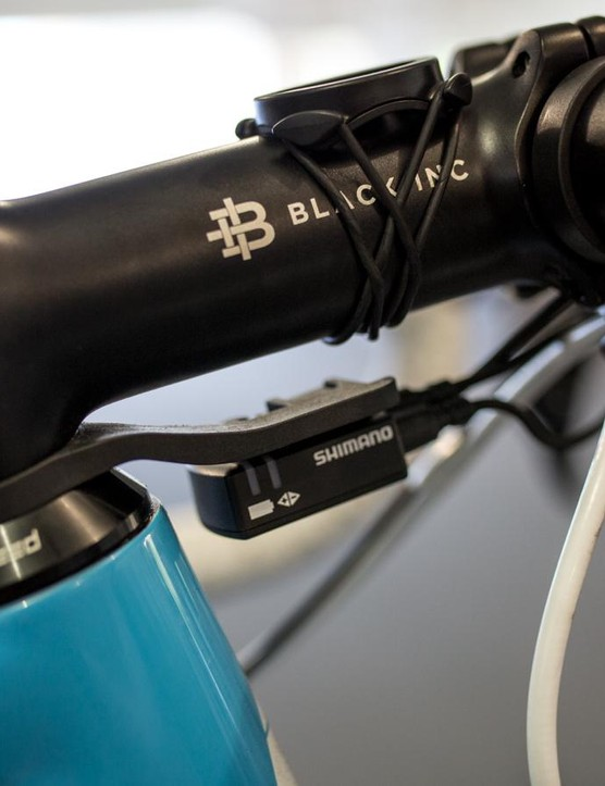 The Di2 junction box mount is integrated as a spacer above the CeramicSpeed headset