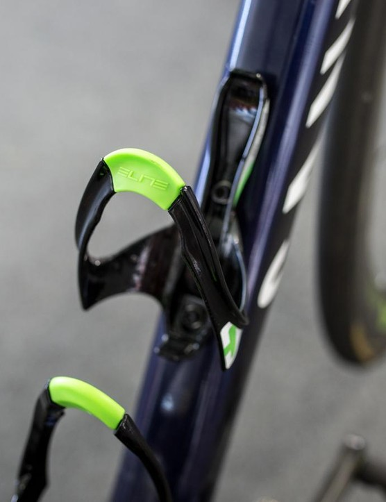 Elite Cannibal bottle cages in Movistar team colours