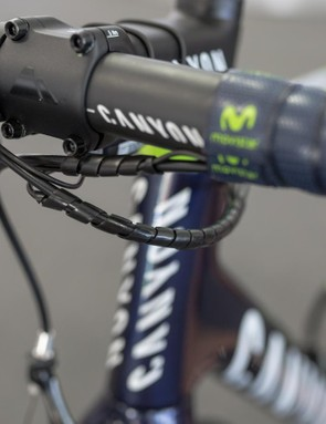 The brakes and shifting cables are kept together neatly with a cable tidy