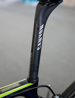 The Canyon seatpost is marked for an easy set up