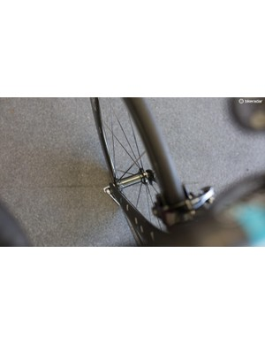 The front hub of the Dura-Ace C50 wheels