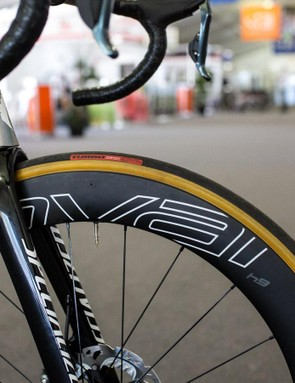 Roval CLX 64mm wheels and S-Works Turbo tyres