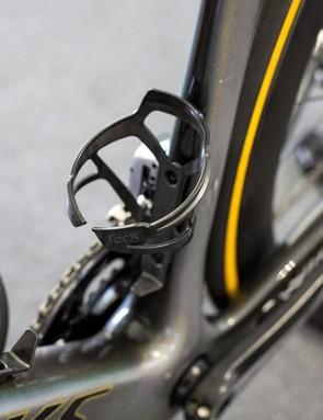 Tacx Deva carbon bottle cages