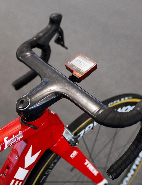 Pantano's bike features the Madone XXX Integrated Bar/Stem combo with the tops left bare of bartape