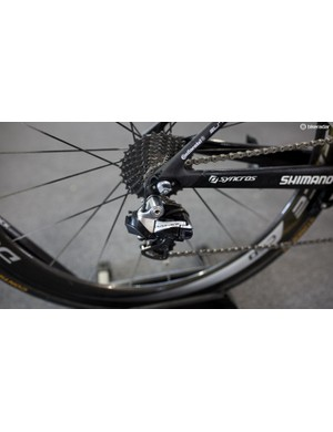 Ewan, as well as the rest of the Scott team, are riding the old DA9070 groupset