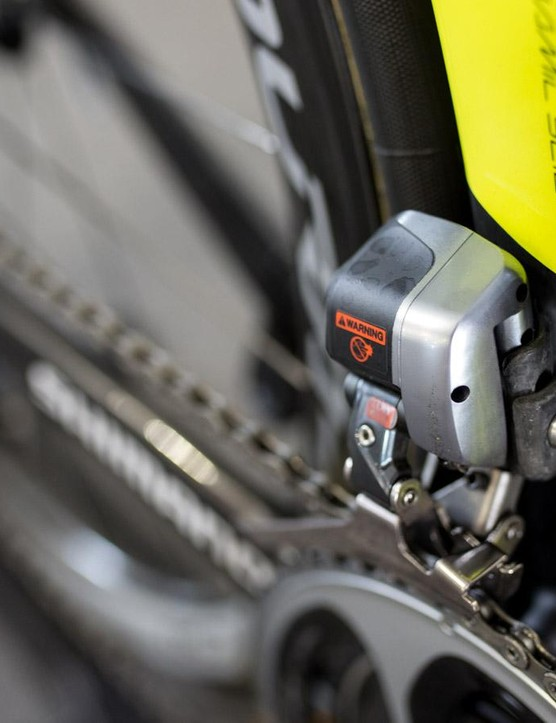 Ewan's Foil sees Shimano's ultra-reliable Di2 shifting